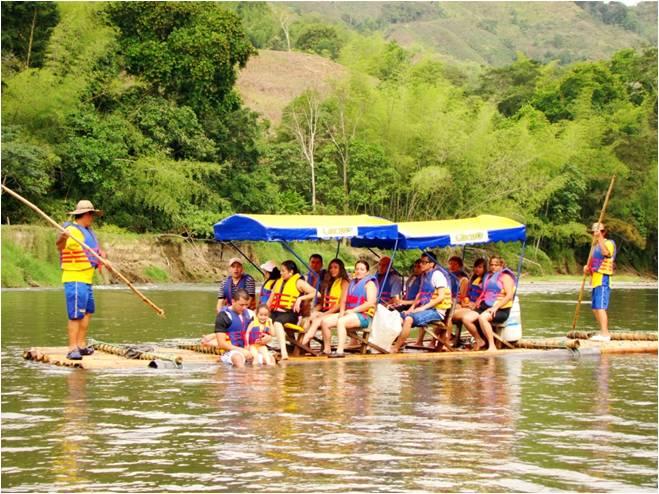 Balsaje por el Río La Vieja en el Quindío Colombia
