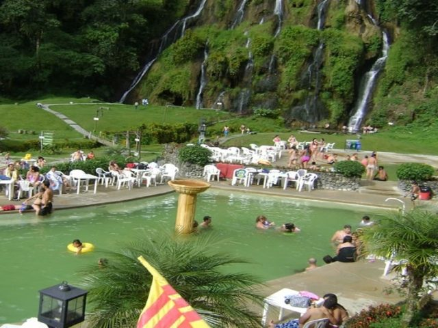 Relaxing Thermal Swimming Pools In Santa Rosa De Cabal Alquiler De Fincas Tur Sticas Hoteles