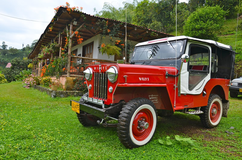 Jeep Willys y Finca Cafetera