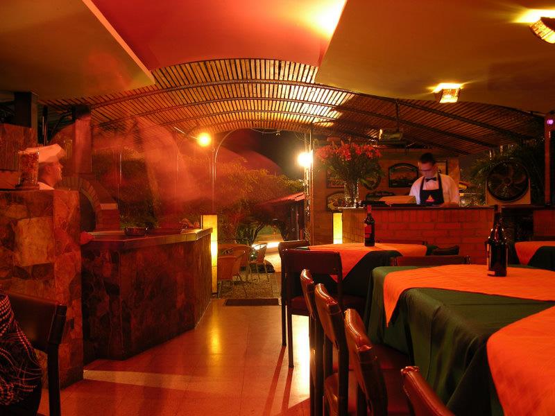 Mejores Restaurantes del Quindío La Fogata en Armenia